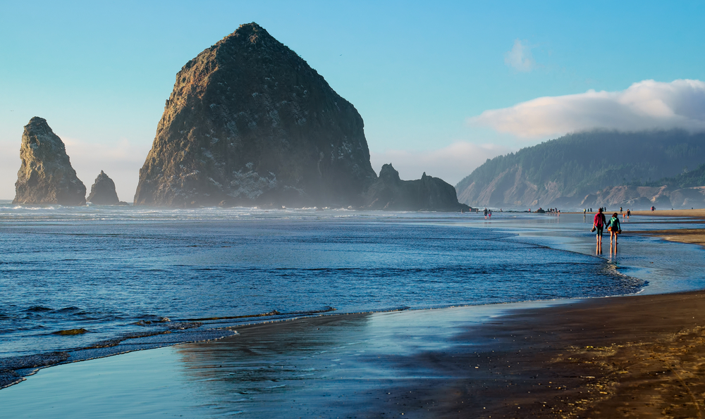 The Low Tide Line And Secluded Beaches Of Ecola State Park Just North Town Cannon Beach Offers All Best Oregon Coast Frommer S
