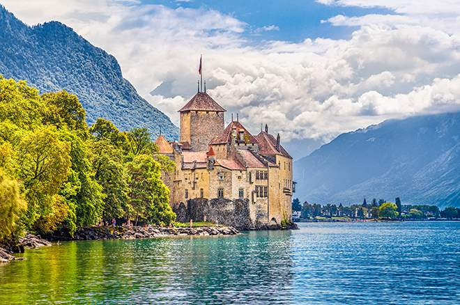 8 Most Fairy-Tale-Esque Castles in the World | Travelzoo