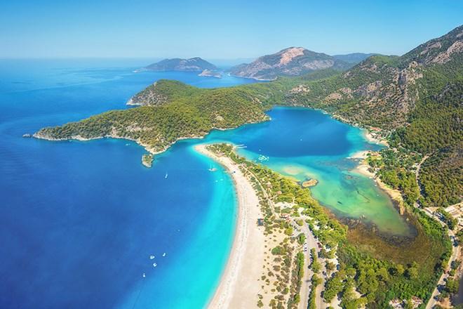 2_BlueLagoon_Oludeniz_Turkey_shutterstock_699964363.jpg?width=820