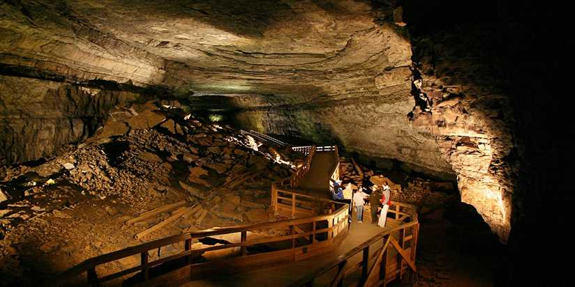 15 Incredible Caves to Explore in America | Travelzoo