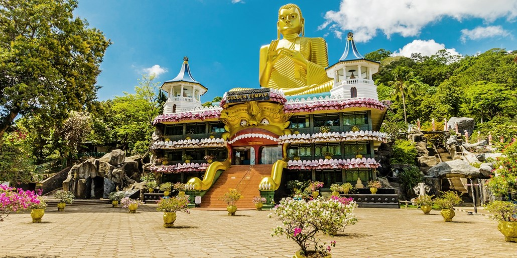 13-Day Sri Lanka Sightseeing Tour w/ Train and Jeep Safari