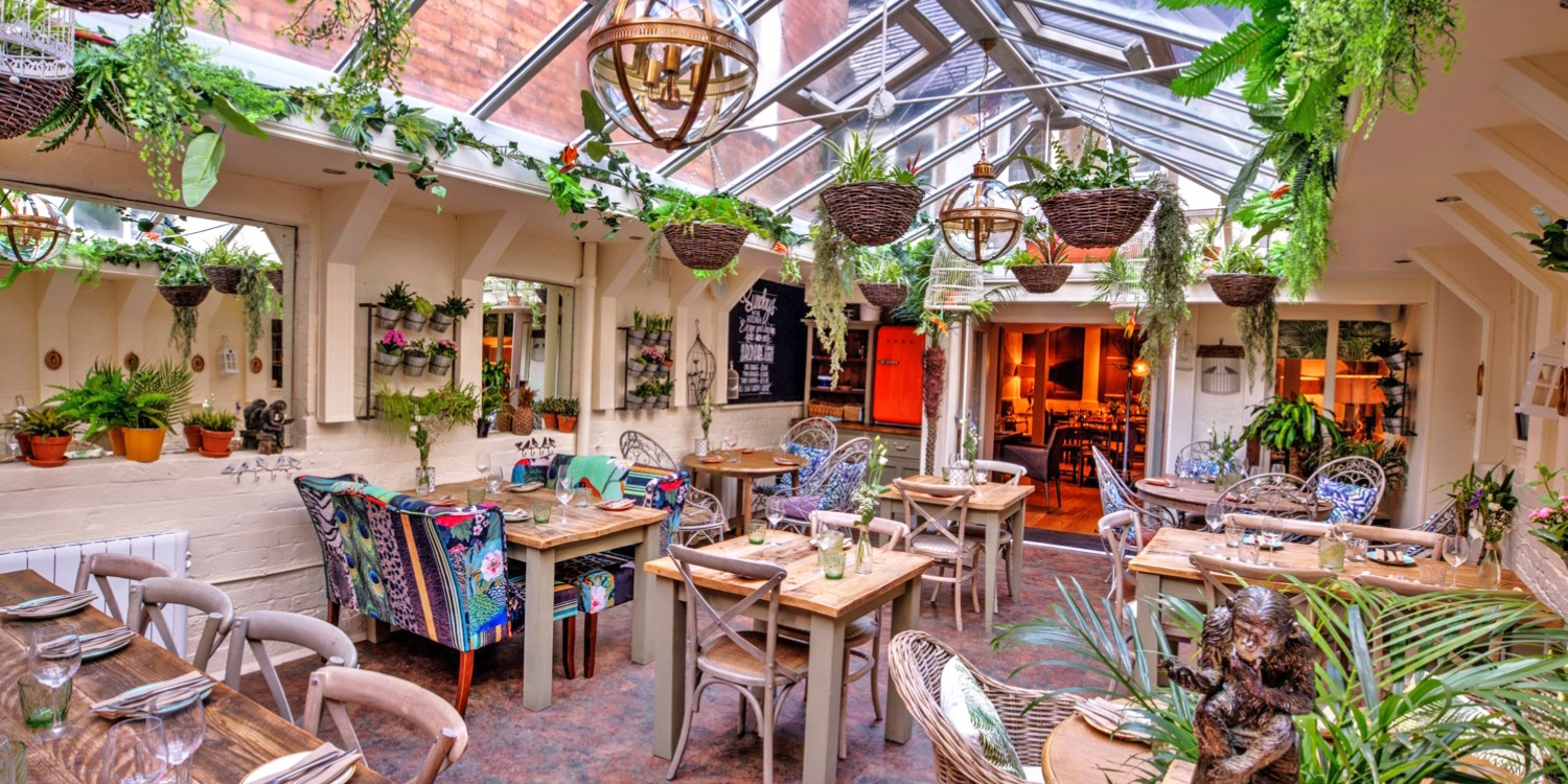 'Delicious' meal & drinks for 2 in Shrewsbury