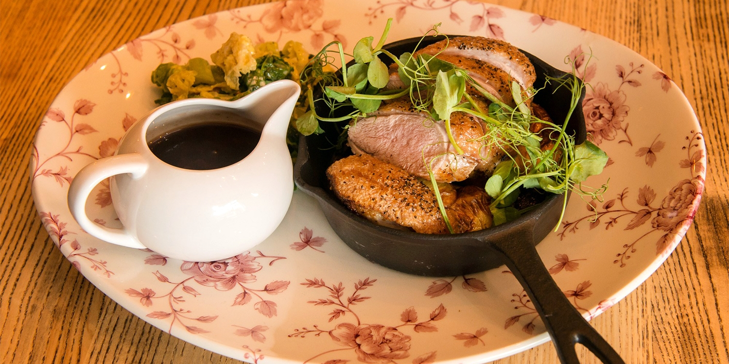 3-course meal for 2 at country pub near Preston