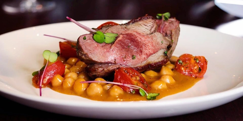 Essex: 3-course dinner for 2 w/wine, save up to 55%