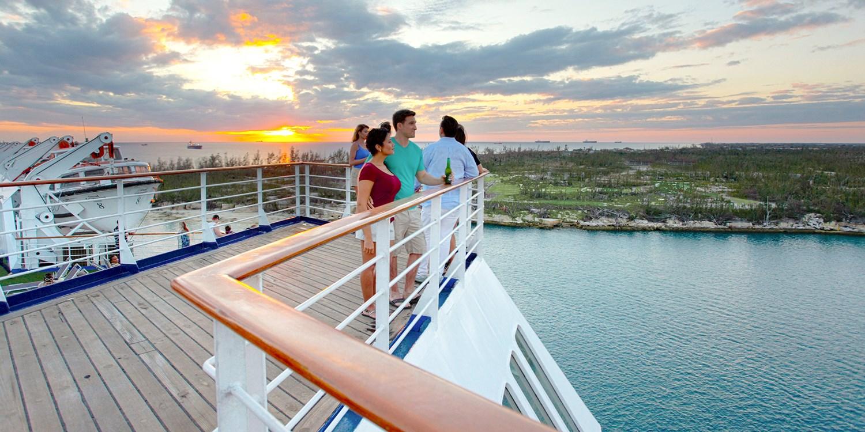 Night Bahamas Cruise From West Palm Beach Travelzoo - Cruise bahamas