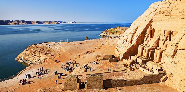 2 Wo. Ägypten: Nilkreuzfahrt & Strandhotel, -300 €