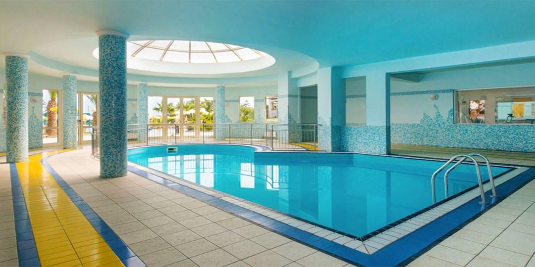 1 Woche Kreta im 4*-Strandhotel mit HP & Flug   Travelzoo