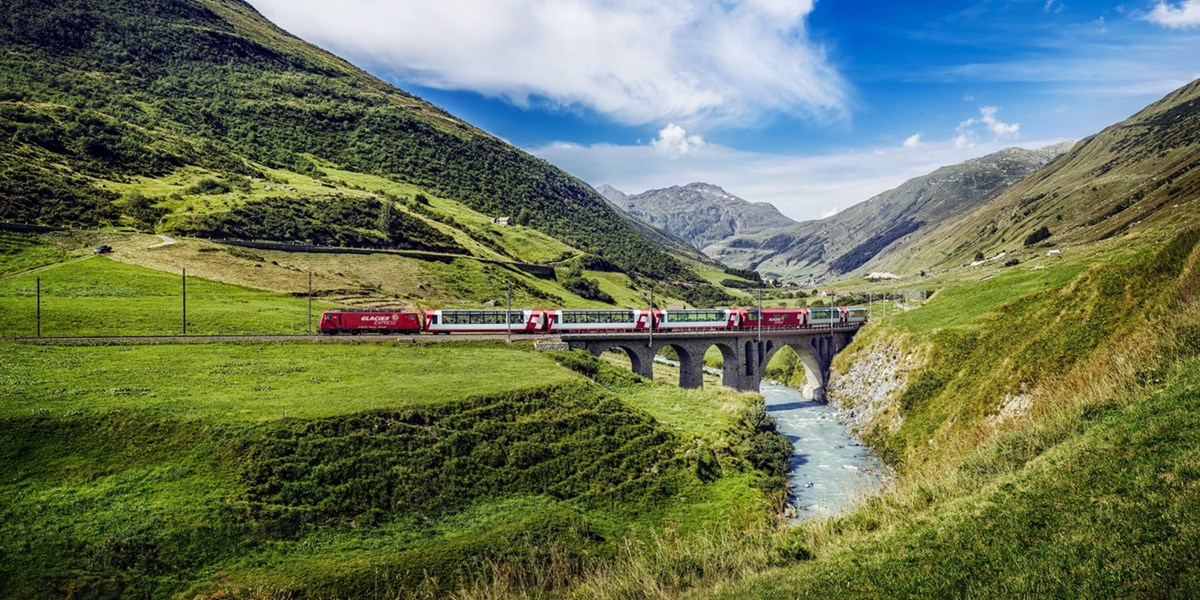 Glacier & Bernina Express mit Hotels, -250 €