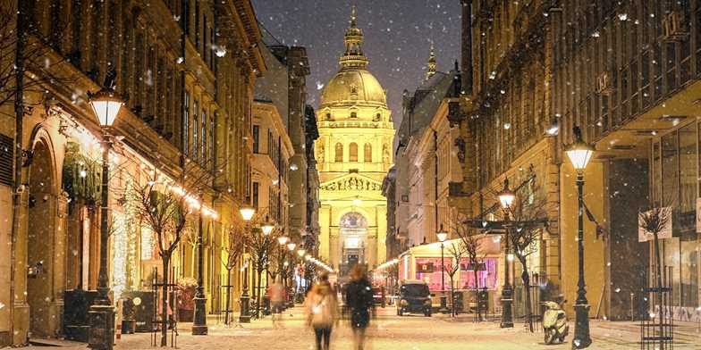 Budapest Christmas Market 2018.Deluxe Budapest Christmas Market Break Save 35 Travelzoo