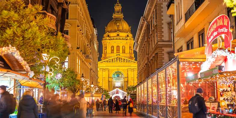 Budapest Christmas Market Location.Budapest Christmas Market Break W Flights 37 Off Travelzoo