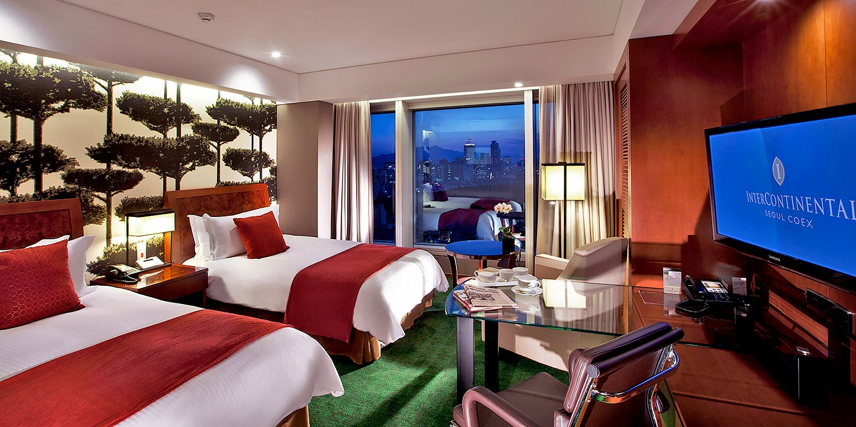 Travelzoo: ホテル、航空券、ツアー、クルーズなどの旅行情報