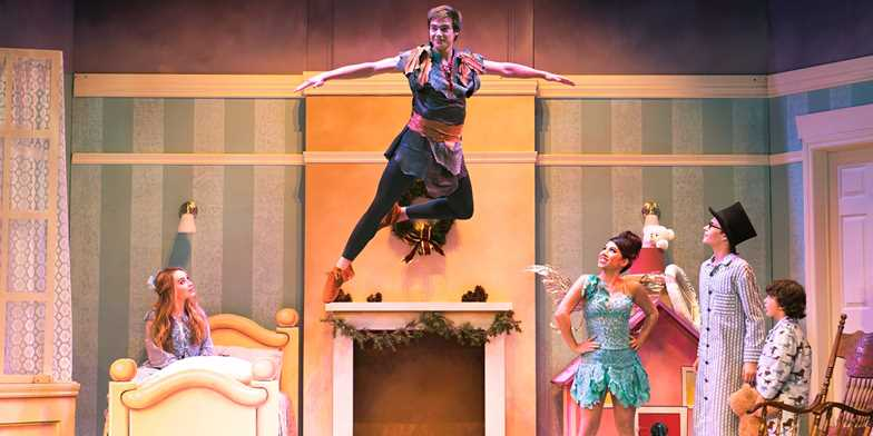 Peter Pan and Tinker Bell, A Pirates Christmas' | Travelzoo