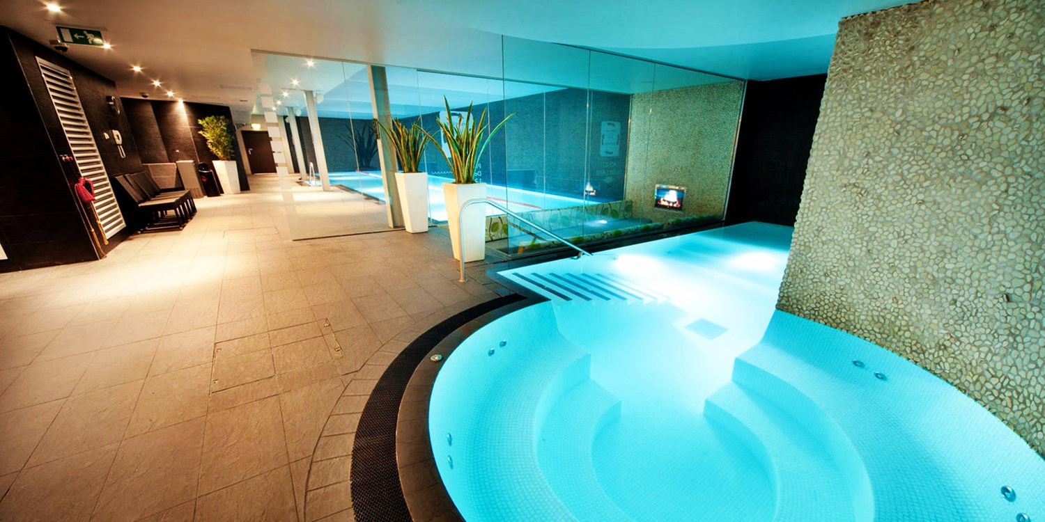 Spa day inc massage & afternoon tea near Chester