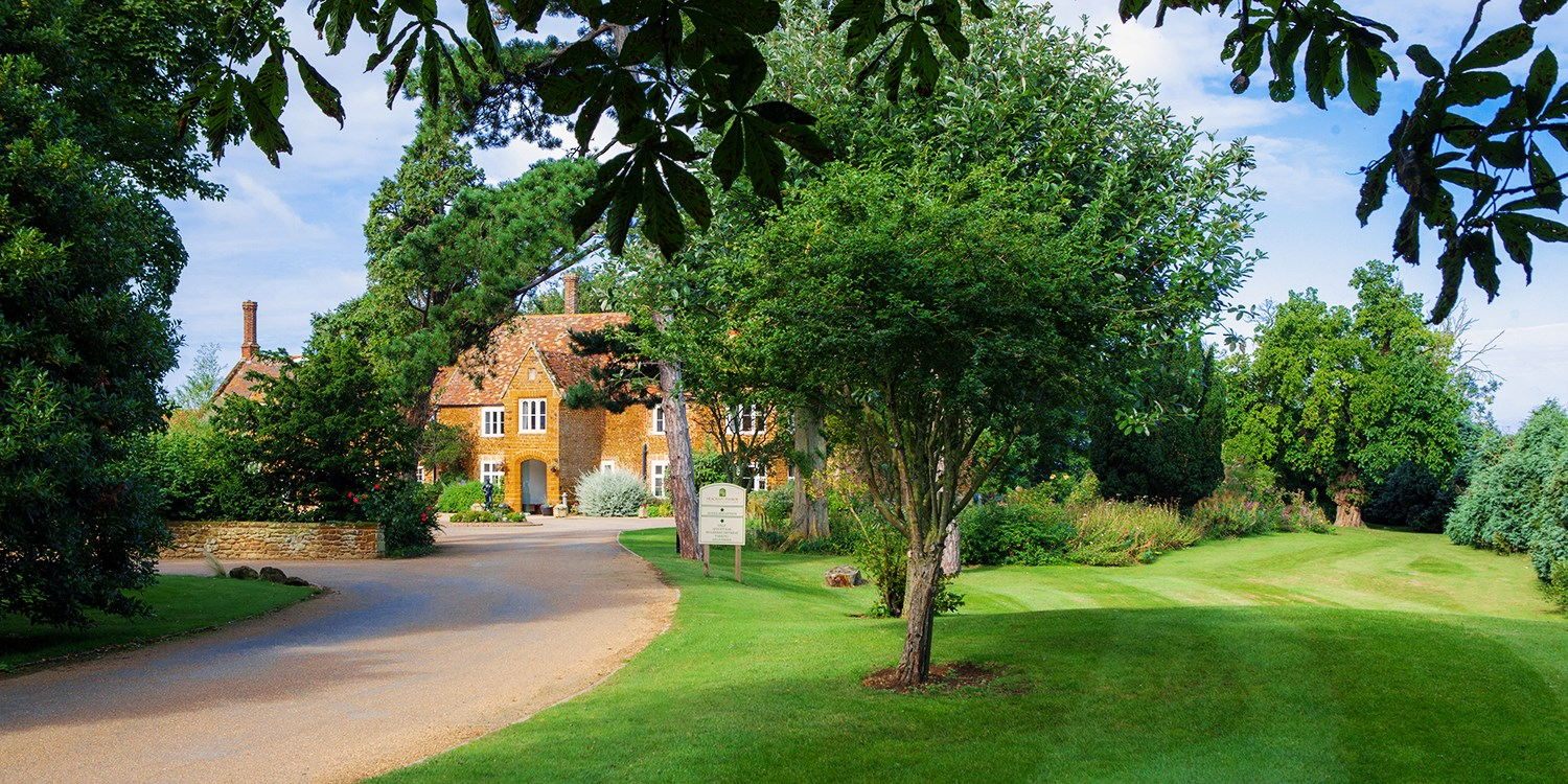 Norfolk stay at 16th-century manor nr coast, save 46%