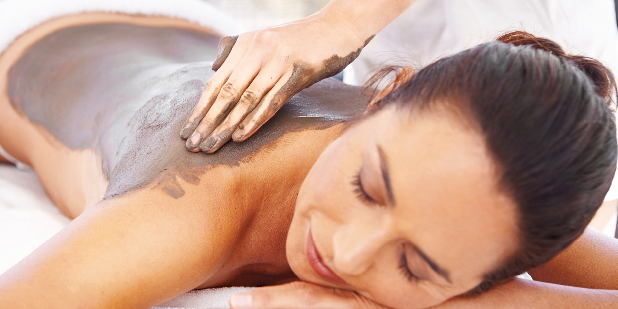 5-star London hotel: massage, rasul & bubbly for 2