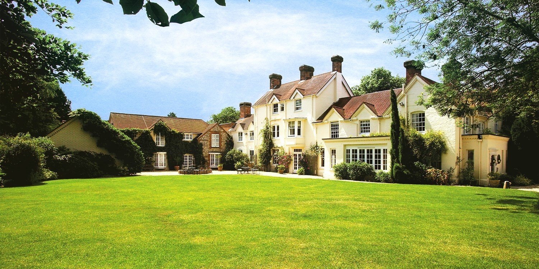 Hampshire manor getaway inc dinner & more, 41% off
