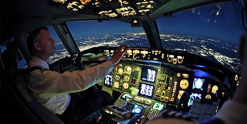£75 -- Motion Flight Simulator Experience in Coventry