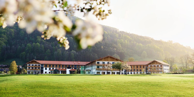 Chiemgau: Neues Hotel mit HP & Bergbahnen, -33%