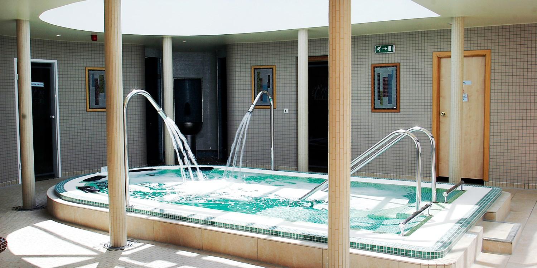 Suffolk spa treat w/facilities access, lunch & drink