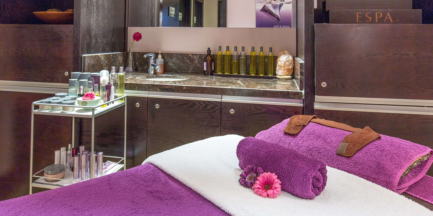 Spa day with massage & facial near Nottingham
