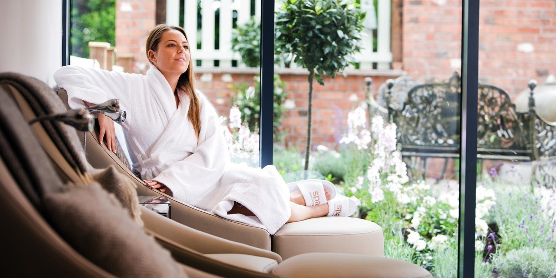 Spa day w/massage, facial & cream tea in Cheshire