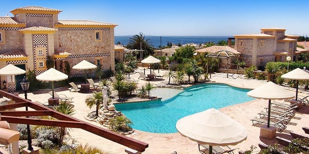 Algarve Woche In Hochwertiger Quinta Mit Flug Mietwagen Travelzoo