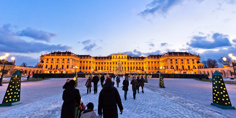 Wien: 4 Tage am Schloss Schönbrunn & Flug