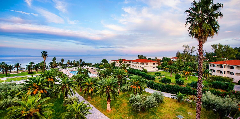 Griechenland: 4*-Hotel mit Meerblick, HP & Flug