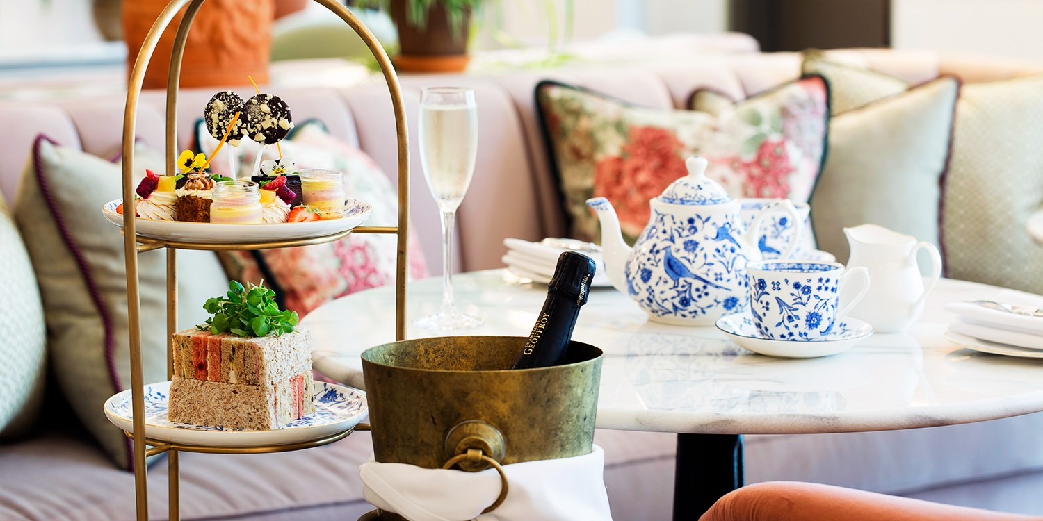 Cambridge: afternoon tea for 2, 40% off