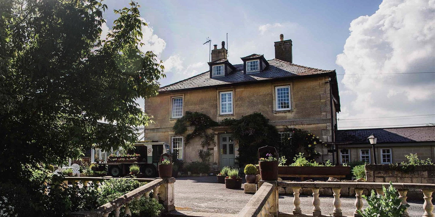 Wiltshire country house: afternoon tea for 2, 57% off