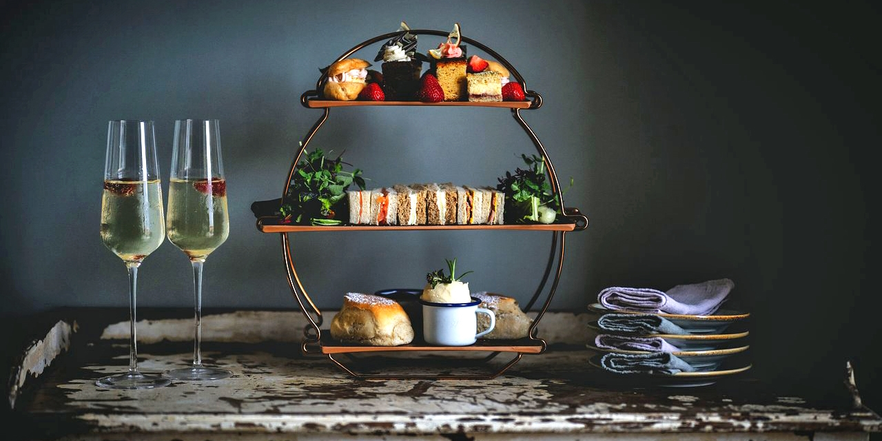 Wiltshire country house: afternoon tea for 2, 52% off