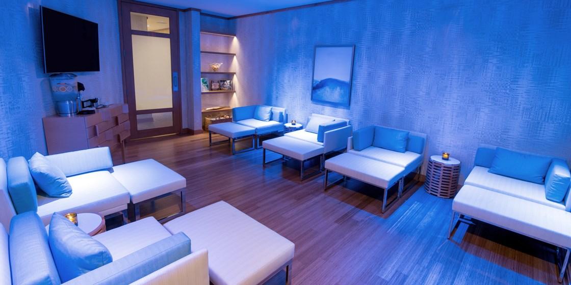 99 Hilton San Diego Bayfront Spa Day W Massage Amp Pool Travelzoo
