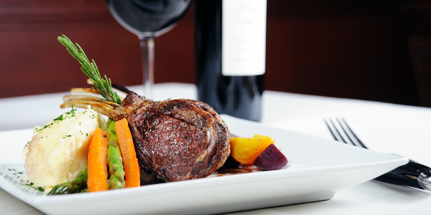 £25 - 2-course meal for 2 at Dorset country pub, 52% off