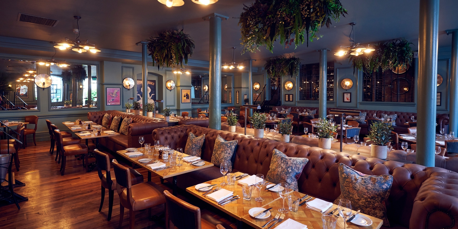 Henley-on-Thames: 4-course Sunday lunch for 2