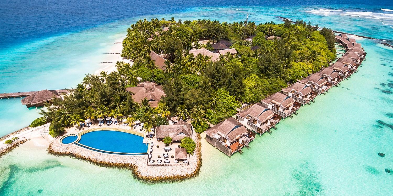 $1,680 – 4-Nt Maldives Getaway w/Half Board, Transfers, Spa & Cruise -- Male, Maldives
