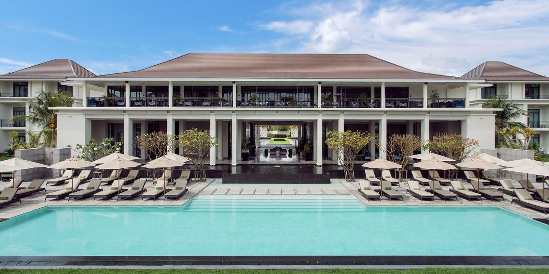 $97 – 'Sprawling' 5-StarBKK Hotel Stay w/Breakfast, Save 60% -- Bangkok, Thailand