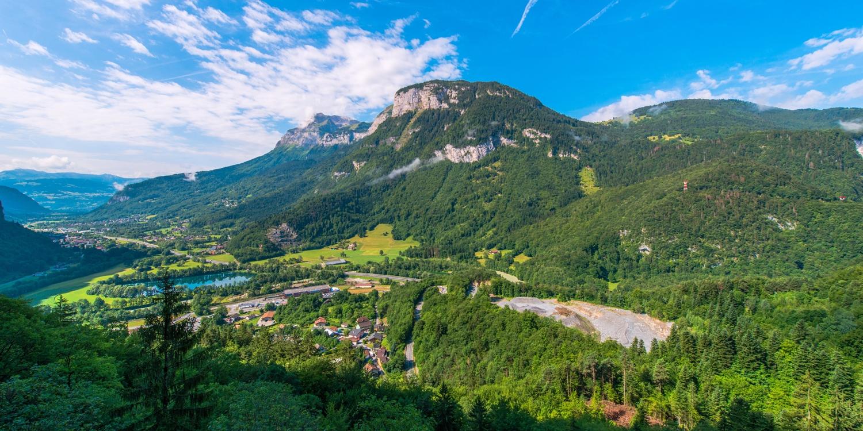 La Croix de Savoie & SPA -- Arâches-la-frasse