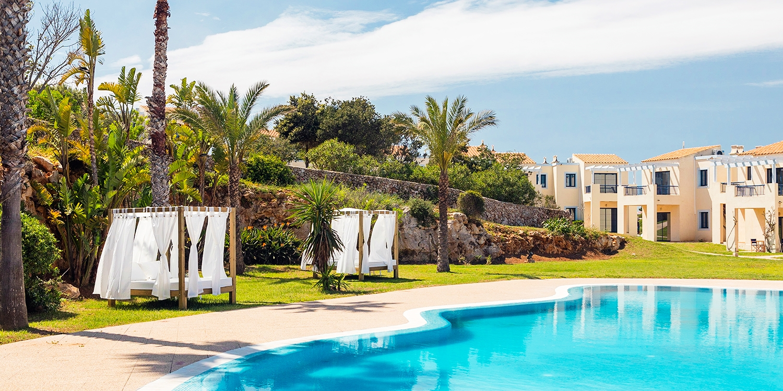 Dès 64€ – Appartement et demi-pension à Minorque, -70% -- Punta Prima, Espagne