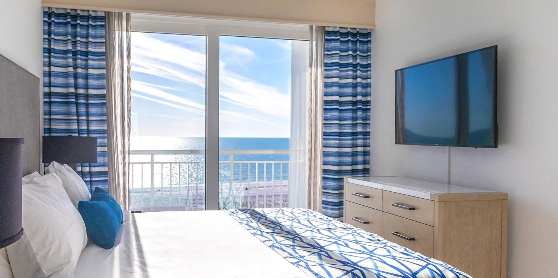 $139 – Treasure Island: 2-Bedroom Waterfront Suite, 40% Off -- Treasure Island, FL