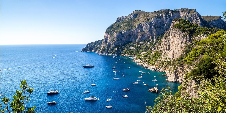 Traumreise am Golf von Neapel mit Capri, Amalfiküste & Pompeji -- Neapel, Italien