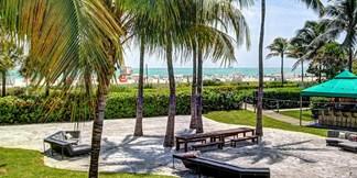 Kimpton Surfcomber Hotel South Beach