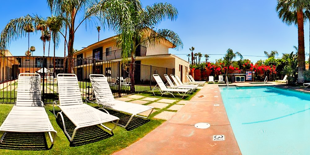 7 Springs Inn & Suites -- Palm Springs, CA