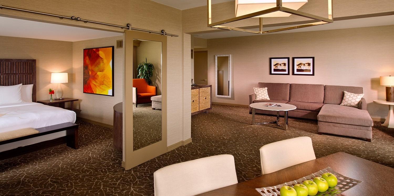 Hilton La Jolla Torrey Pines | Travelzoo