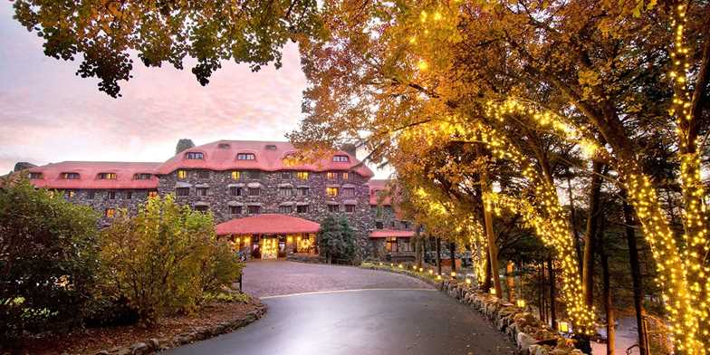 Hotels In Asheville Nc >> The Omni Grove Park Inn Travelzoo