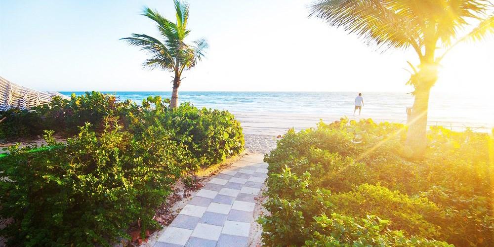 Marenas Beach Resort -- Sunny Isles Beach, FL