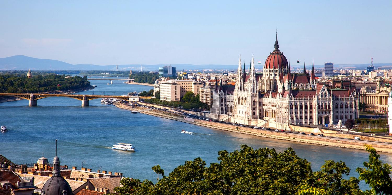 Dsd 92€ – Budapest: céntrico hotel 4* con desayuno, -50% -- Budapest, Hungría