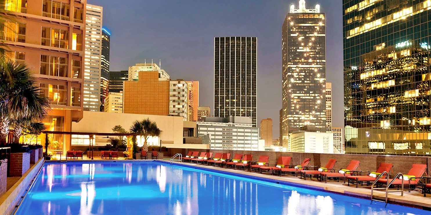 $137 – Dallas: 4-Star Fairmont w/Breakfast, 65% Off -- Dallas, TX