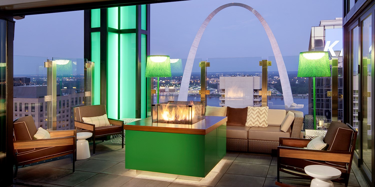 $171 – St. Louis Hilton: Weekend Stays w/Parking, 55% Off -- St. Louis, MO