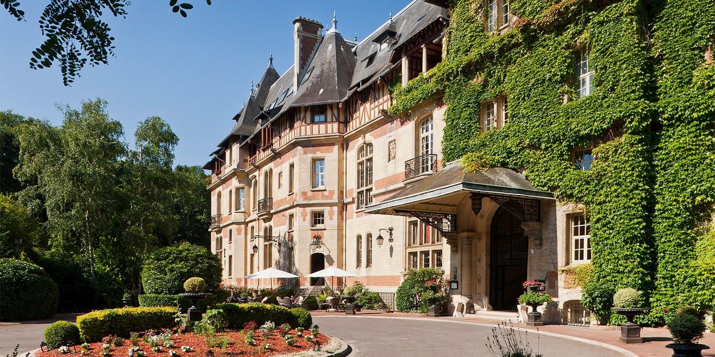 Hôtel Château de Montvillargenne -- Gouvieux, France