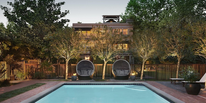 $189-$199 – Sonoma: Elegant Inn incl. VIP Wine Tasting -- Glen Ellen, CA